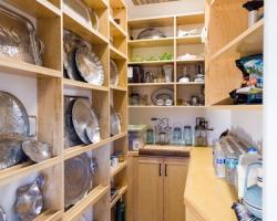 cutom-pantry.jpg