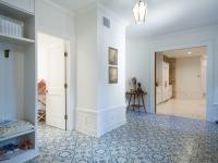 Mud-Room-Luxury-Home.jpg
