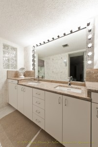 Maxmizing Bathroom Countertops Space